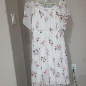 NWOT Torrid Midi floral dress